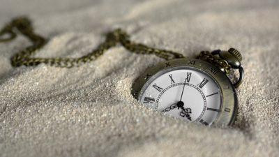 日常的な関連から一切の線が切断された時間 松本清張『分離の時間』